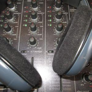 The Buzzin Beats Show